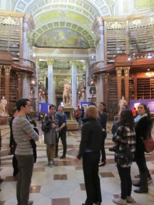 Touring the State Hall of the National Library