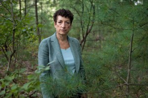 Image of Naomi Oreskes is from: http://www.nytimes.com/2014/10/28/science/naomi-oreskes-imagines-the-future-history-of-climate-change.html?ref=earth&_r=2