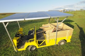 "Solar-powered Golf Cart, the ""Solar Wheeler"""