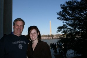 Jillian Roberts and her father in front of the Washington Monument.