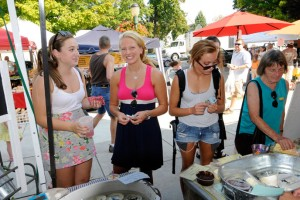 Dickinson students shop at the weekly Farmers on the Square market.