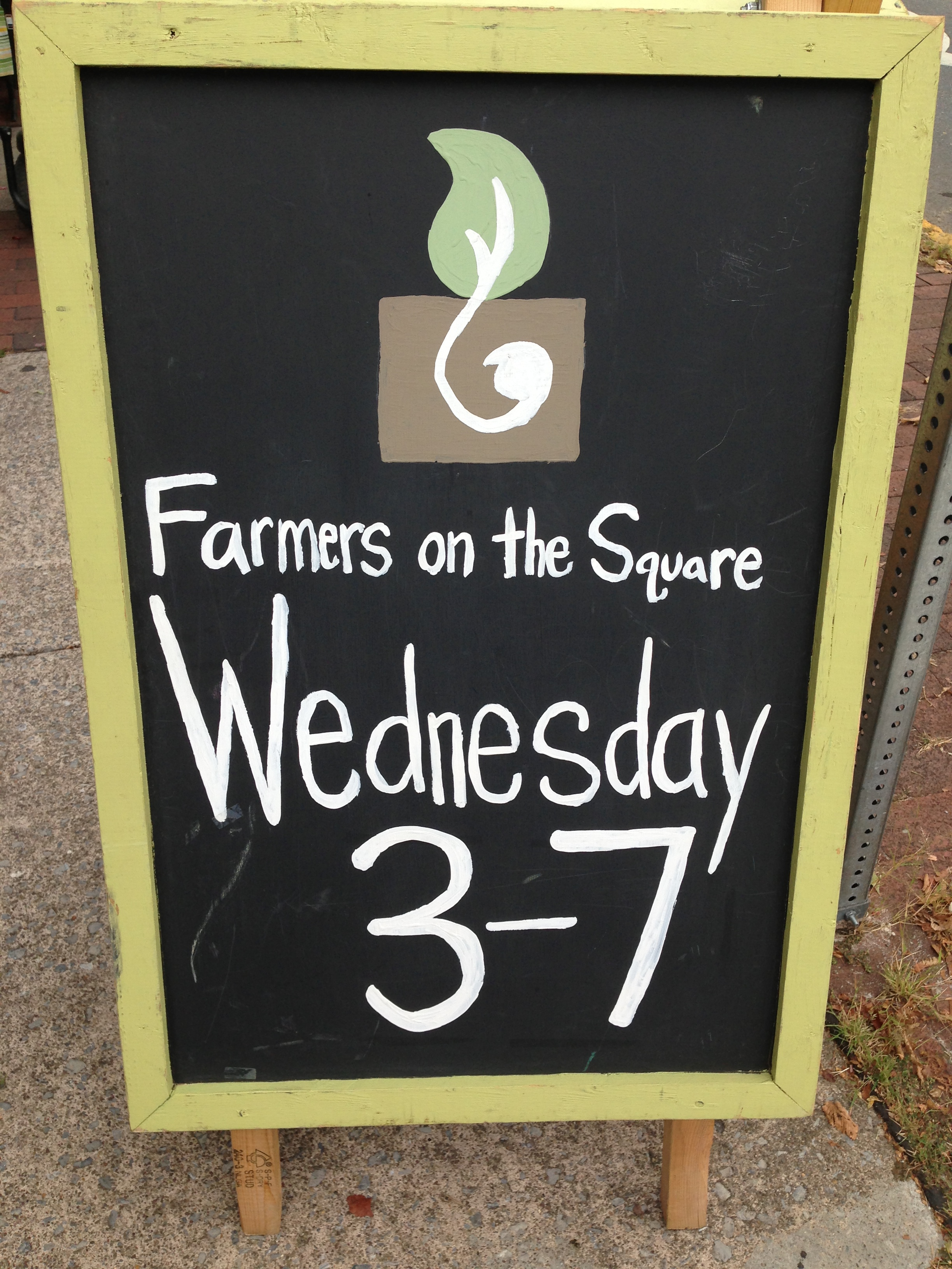 Farmers on the Square sign