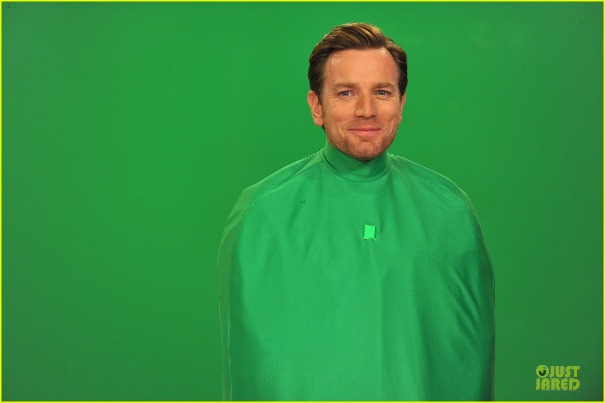 ewan mcgregor green screen fun with jimmy fallon