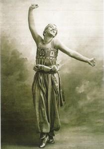 Vaslav Nijinski as the GOlden Slave in Scheherazade, Curtesy of Leong, 57.