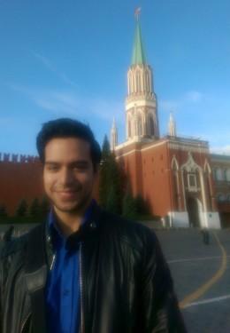 Simon Ciccarillo '16 studies abroad in Russia