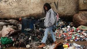 La pobreza en Venezuela se ha aumentado a un nivel de casi 50%.
