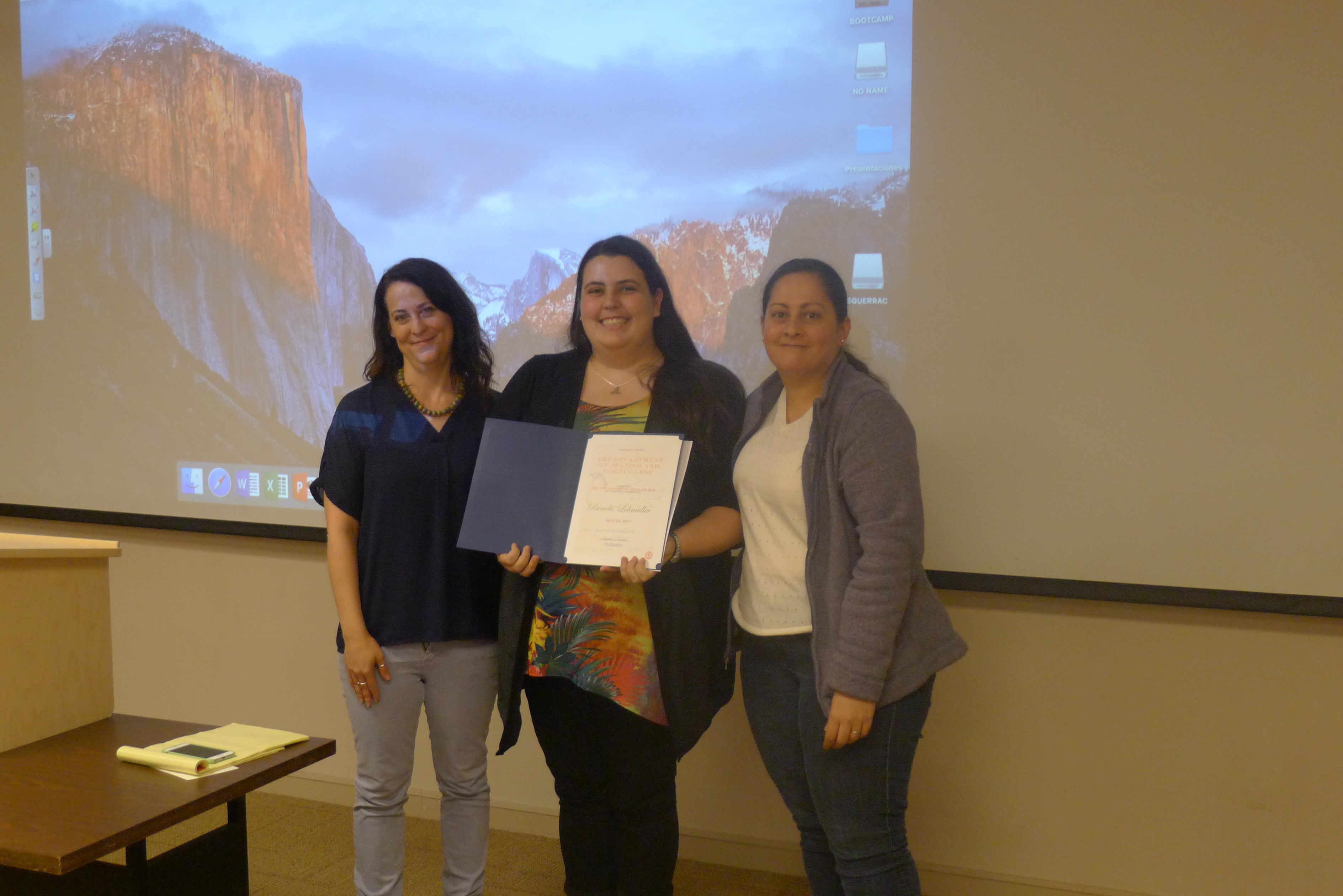 Fox Martinez-Vidal award, Pamela Lohmuller