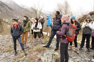 Notre guide et le groupe pendant la randonnée dans la Vallée du Louron