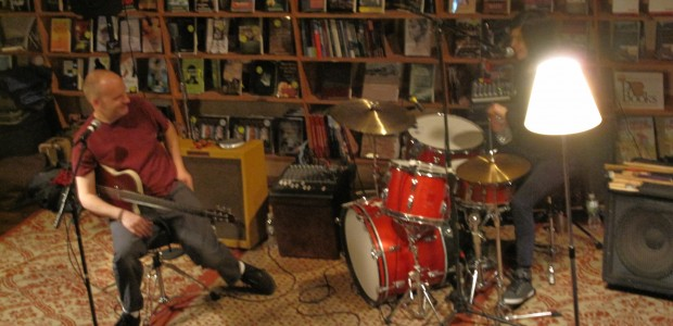 Saturday night Harrisburg welcomed a punk legend to the stage at the Midtown Scholar.  The Evens (Ian MacKaye of Minor Threat, Fugazi, Founder of Dischord Records fame and Amy Farina) […]
